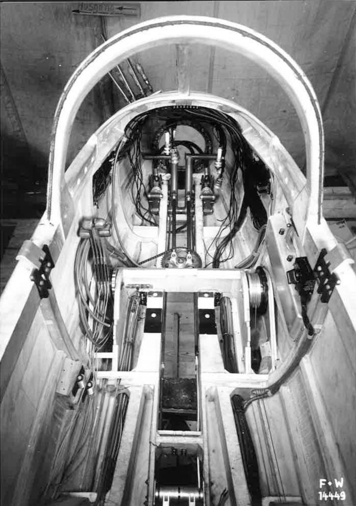 Projekt Arbalete N-20.2 Cockpitbau
