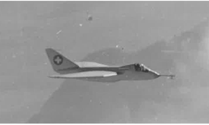 Projekt Arbalete N-20.1 mit Canards im Flug